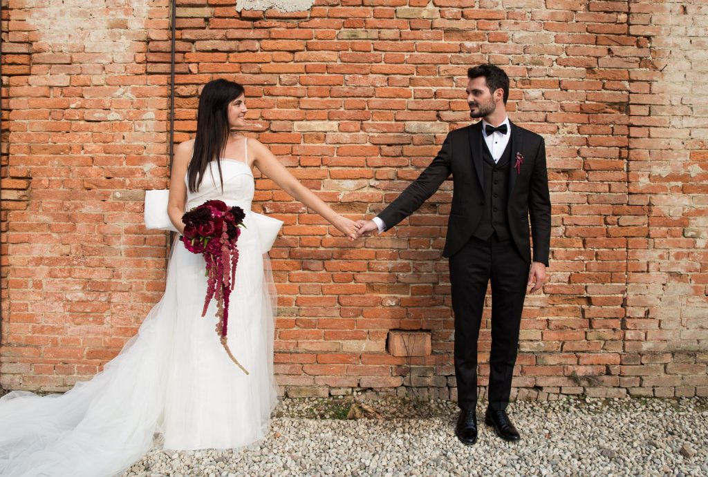 Fabio e Talita hanno deciso di organizzare il loro matrimonio seguendo la tendenza del matrimonio industriale.